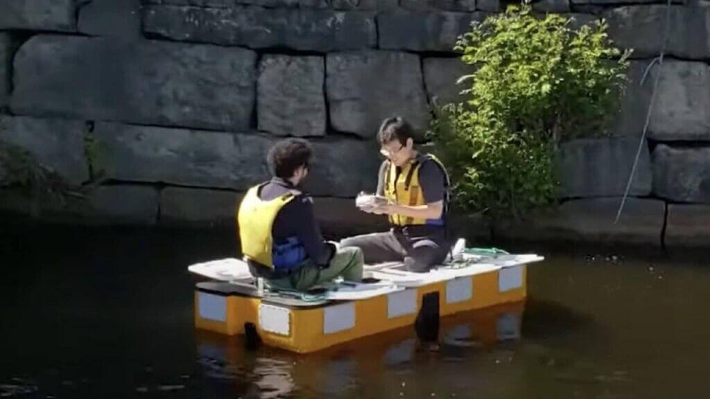 ساخت ربات قایق خودران (roboat) برای حمل دو مسافر