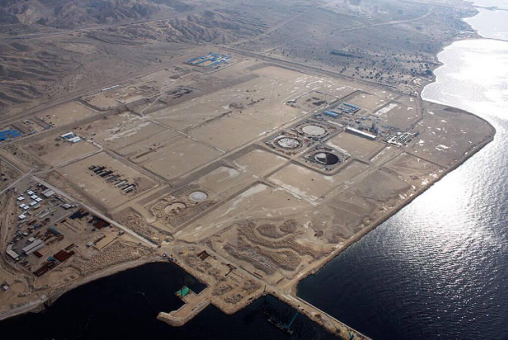سایت پروژه ایران ال ان جی در منطقه تنبک بندر کنگان بوشهر