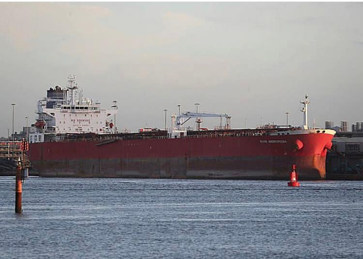 ربودن نفتکش «نیوآندرومدا» ناکام ماند