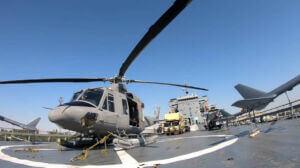 هواپیما و بالگرد و تجهیزات نظامی روی عرشه بالگرد و هواپیما بر روی عرشه ناو اقیانوس پیما رودکی نیروی دریایی سپاه