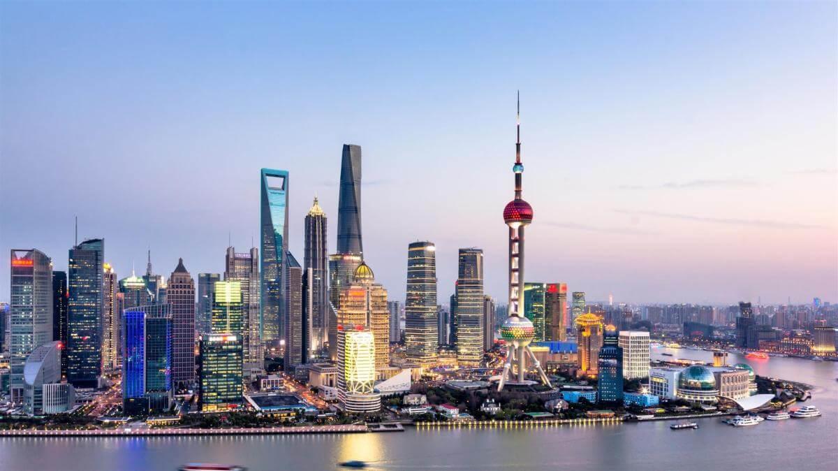 مقایسه شهر بندری شانگهای چین در سال ۱۹۷۰ با سال ۲۰۲۰