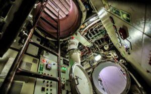 تجهیزات داخلی زیردریایی کلاس فاتح