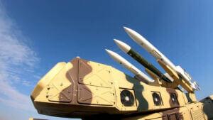 تجهیزات پرتاب موشک دریایی روی عرشه ناو اقیانوسپیمای شهید رودکی نیروی دریایی سپاه