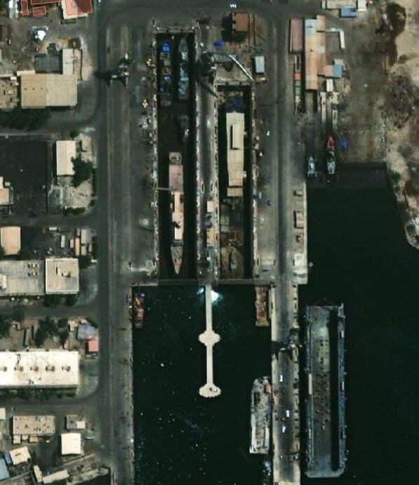 تصویر ماهوارهای از آخرین وضعیت ناو اطلاعاتی طلائیه در بندرعباس