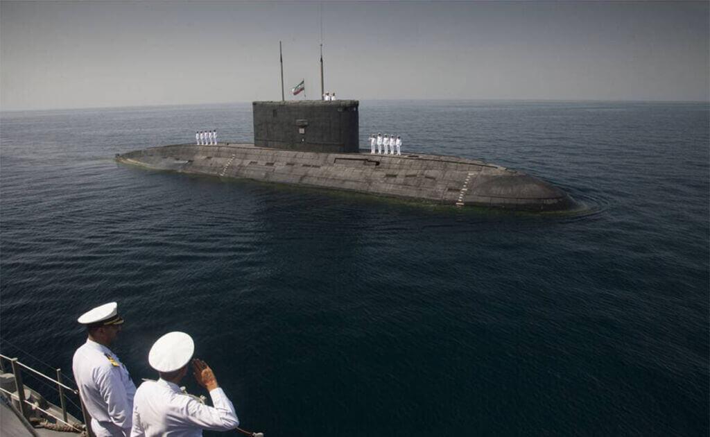 زیردریایی فاتح در رزمایش ذوالفقار 99 نیروی دریایی ارتش