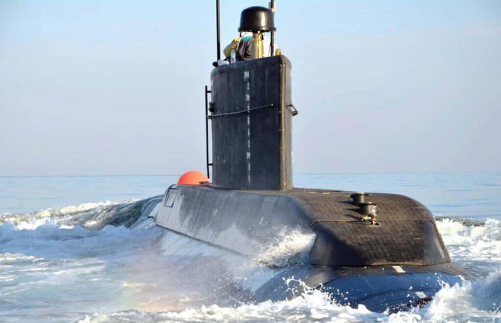 زیردریایی نیمه سنگین بومی کلاس فاتح