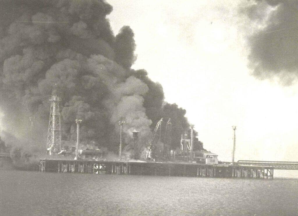 سکوی نفتی الامیه عراق بعد از عملیات دریایی شهید صفری
