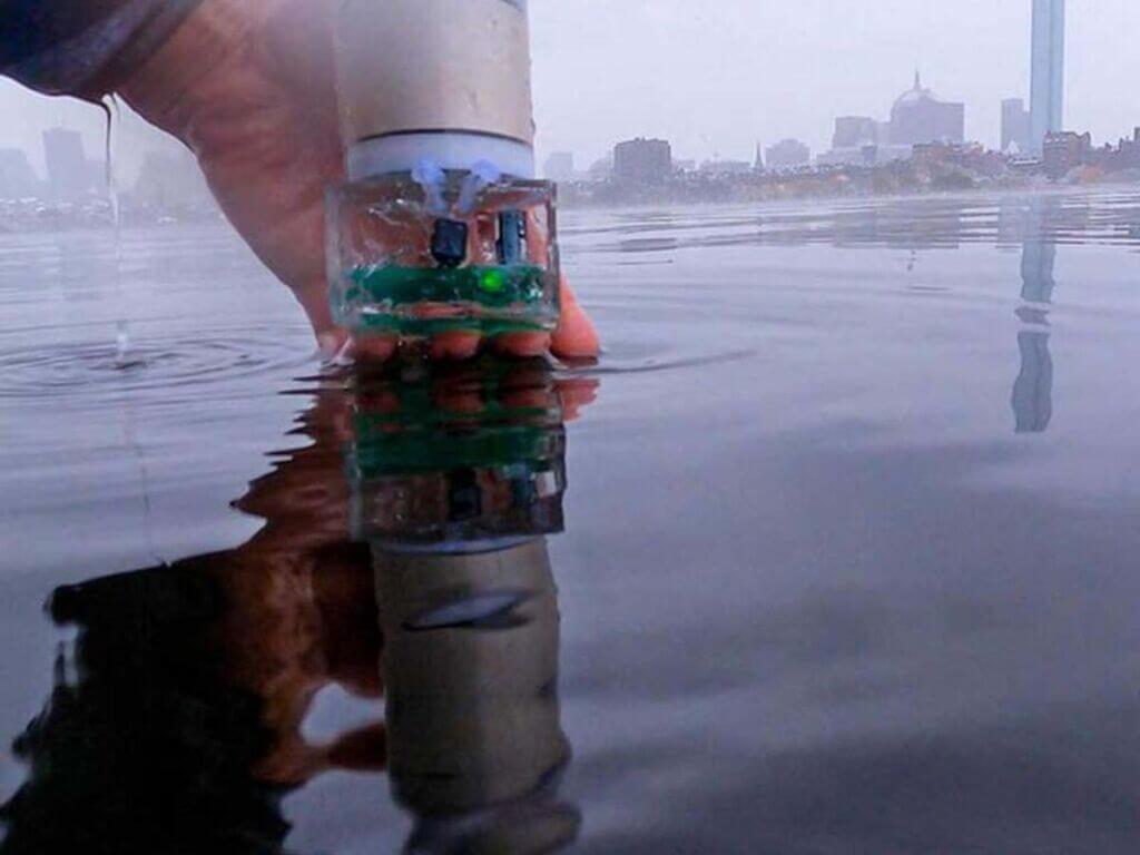 سیستم جدید جی پی اس زیر آب برای شناسایی رازهای عمق اقیانوس ها