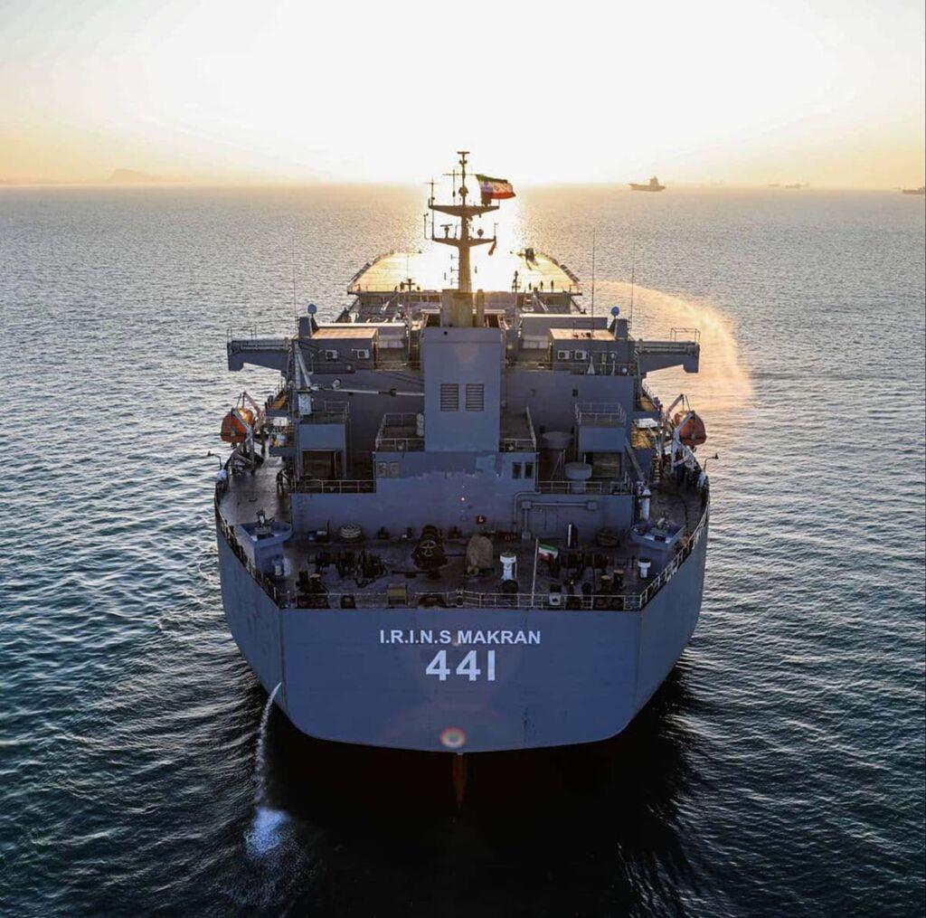 ناو بندر مکران نیروی دریایی ارتش با کد بدنه 441