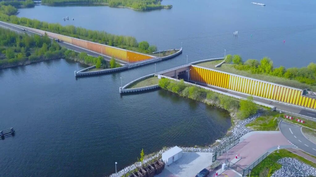 پل آبی ولوومیر هلند-Veluwemeer Aqueduct