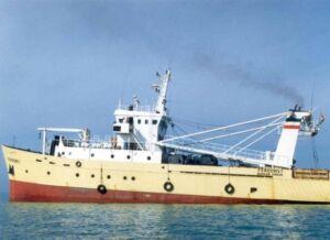 کشتی تحقیقاتی فردوس متعلق به سازمان شیلات