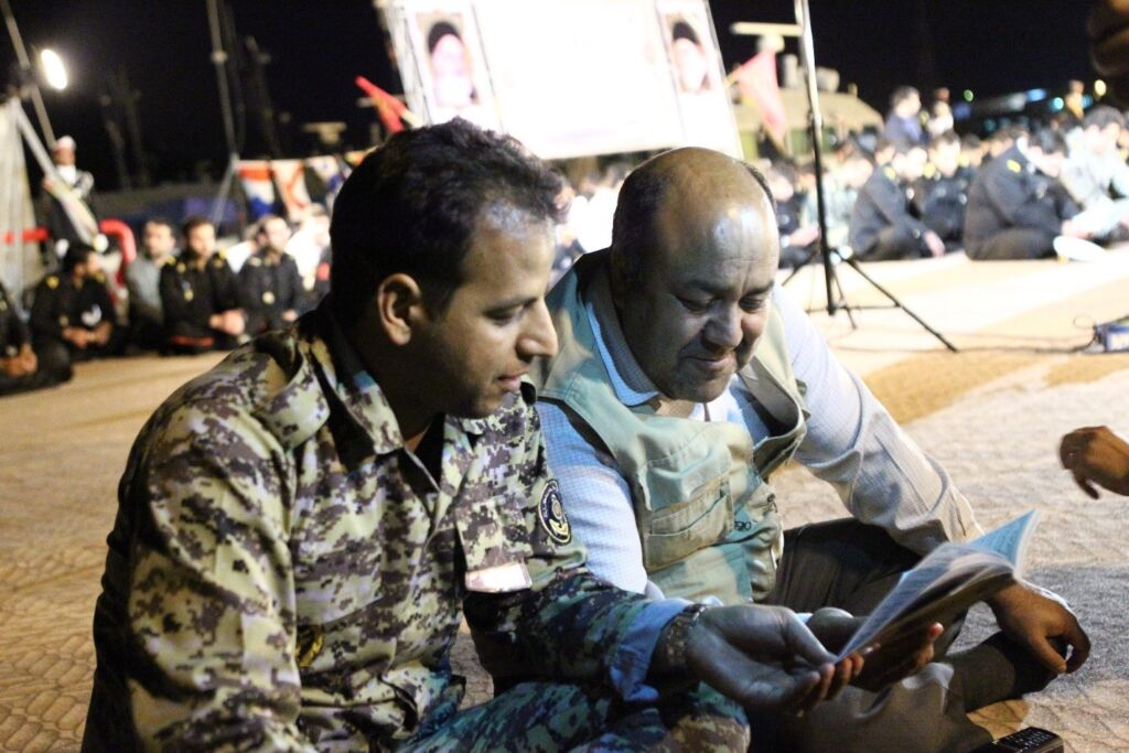 رضا اقسامی روابط عمومی نیروی دریایی ارتش در مراسم فرماندهان